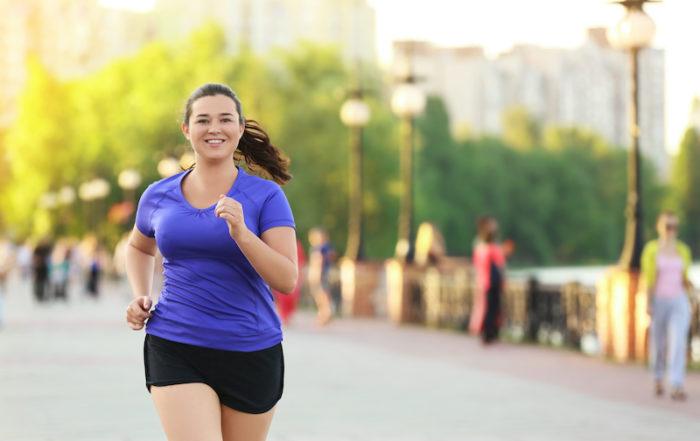 femme-ronde-courir-beatrice-debordeau-sophrologue-coach-de-vie-paris-15.jpeg